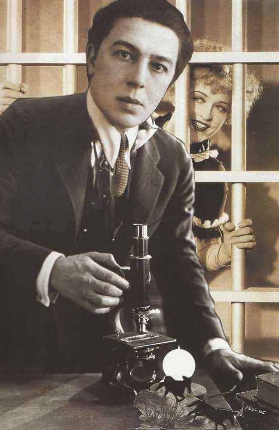 André Breton- Autoportrait L'écriture automatique, vers 1938 (photomontage avec l'actrice Phyllis Haver).
