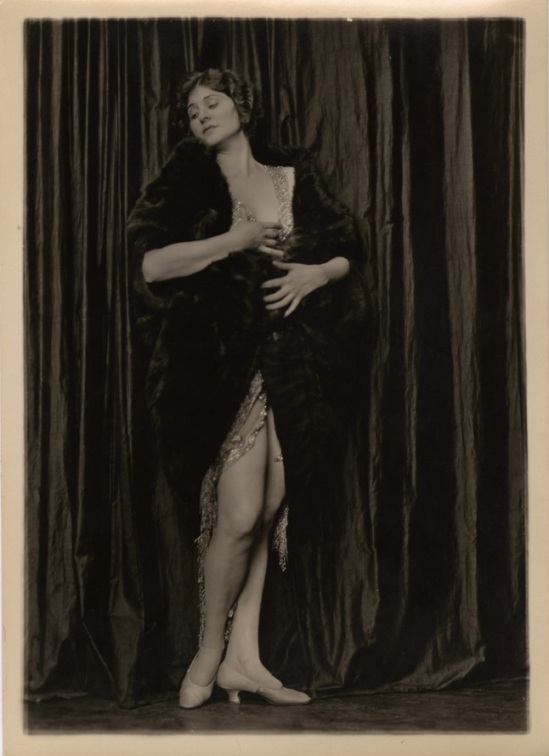 Charles Gates Sheldon – The Ziegfeld Follies Showgirl Mary Lewis, 1920s