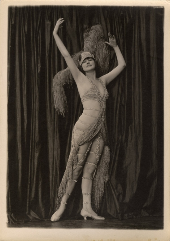 Charles Gates Sheldon – Ziegfeld Follies Showgirl Mary Lewis, 1920s