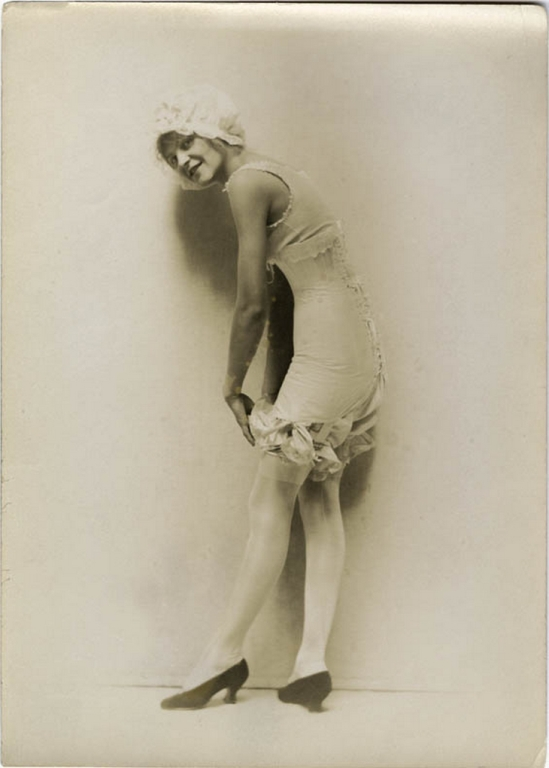Charles Gates Sheldon for The Vogue Lingerie, 1918
