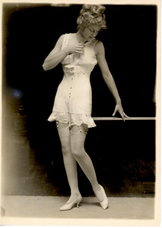 Charles Gates Sheldon for The Vogue Lingerie, 1918 7