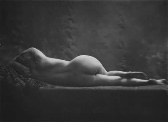 Daniel Masclet-Nu feminin allongé de dos, vers 1930