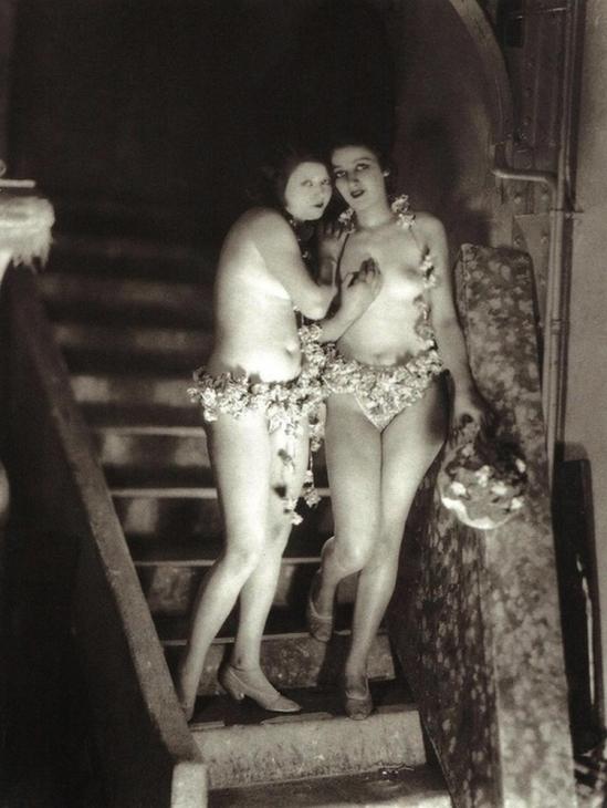 James Abbe -Backstage at the Folies Bergère, Paris,1926.