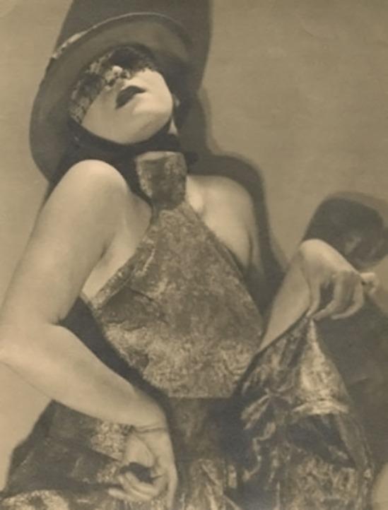 Man Ray Valeska Gert , 1925