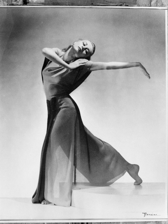 Maurice Seymour - Ballet Russe (Russian Ballet)  ( dancer Romainseason, 1939-1940, photographed for Australian and New Zealand Theatres Ltd. or  from Maurice Seymour's Chicago photographs