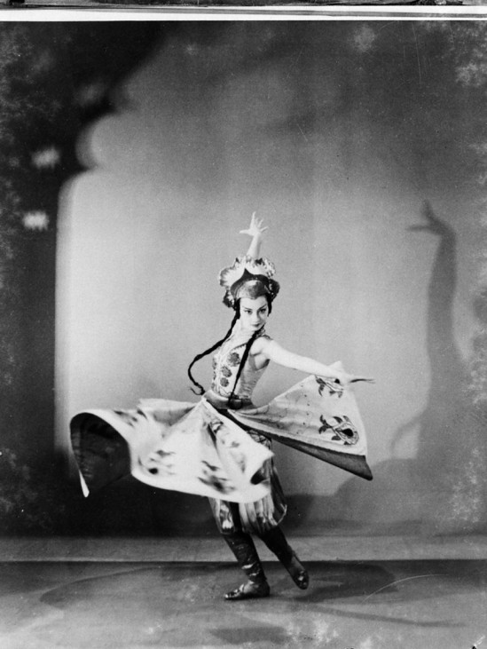 Maurice Seymour- Ballet Russe (Russian Ballet) season, 1939-1940, photographed for Australian and New Zealand Theatres Ltd. or copied from Maurice Seymour's Chicago photographs_e