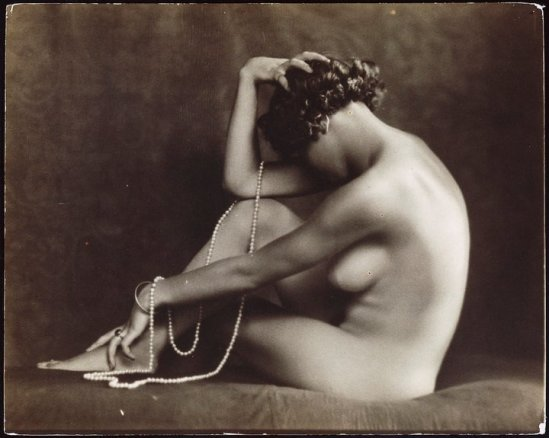 Carlo Wulz – Nude, 1920