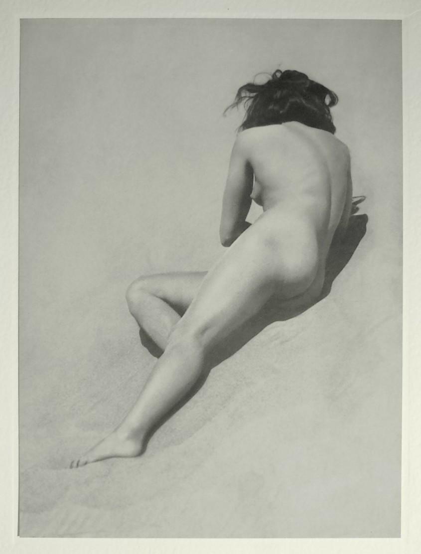 Bruno Schultz- Nude on the beachPlate#l 16 ,Portfolio Das Deutsche Aktwerk edited Bruno Schultz , 1938