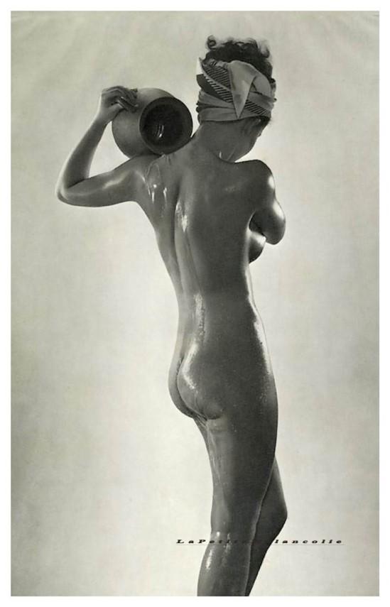 by Usurla Lang- Kurz Nude bathing ,1930's plate # 4 Portfolio Das Deutsche Aktwerk edited Bruno Schultz, 1938