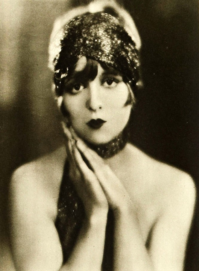 Edward Bower- Clara Bow, 1924 ( published in Motion Picture, 1924)