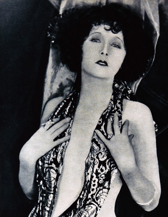 Edward Bower- Mae Busch, 1922