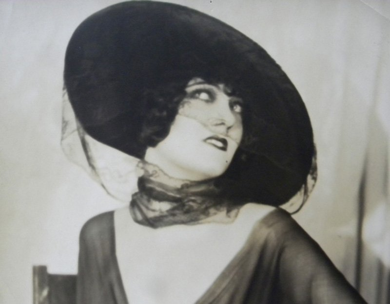 Edwin Bower Hesser -Gloria Swanson, 1920