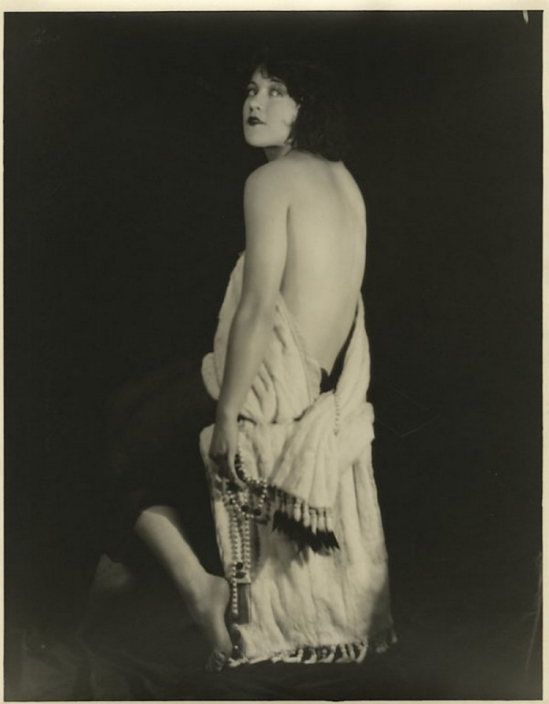 Edwin Bower Hesser or Harold Dean Carsey ( i can't choose !!!beacause it's really similar) - Marie Prevost ,1920-25s 2
