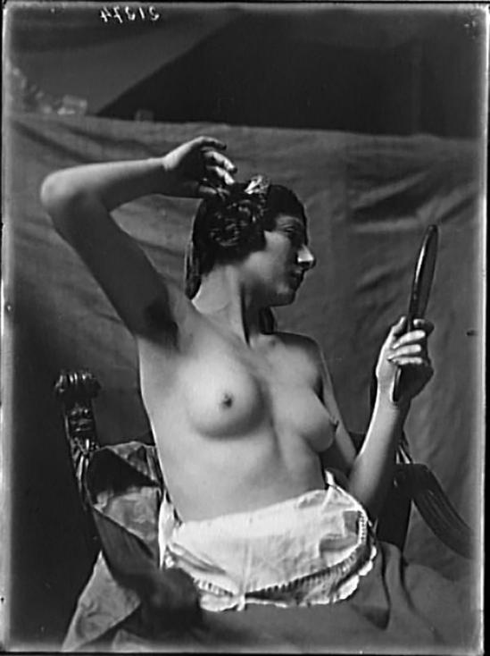 François Antoine Vizzavona-Portrait d'un modèle de Marthe Jouanne-Hugonnet,1922