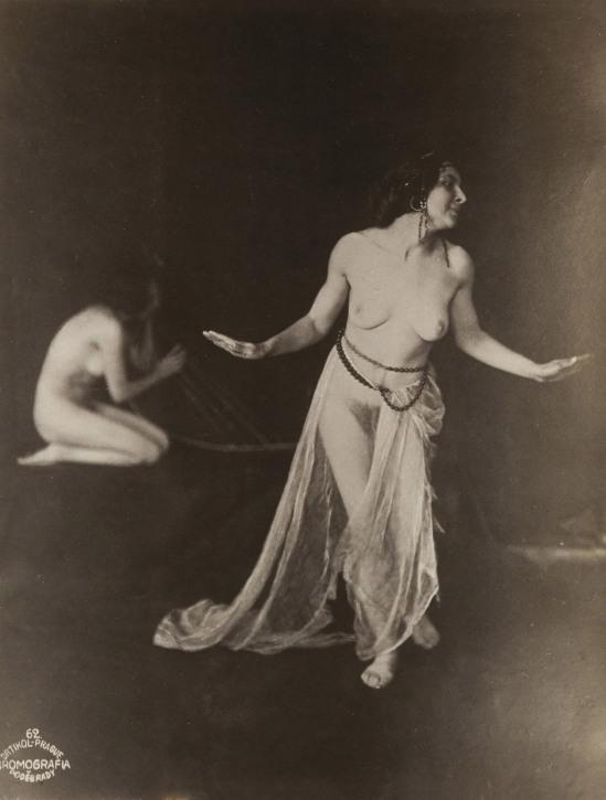 frantisek-drtikol-two-nudes-with-skull-c-1912-gelatin-silver-print-1