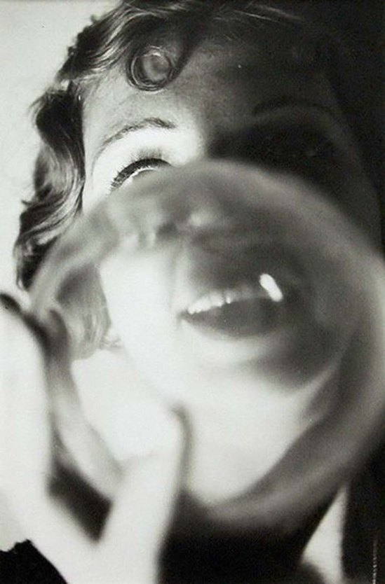 Jean Moral- Young Woman With Bubble, 1927