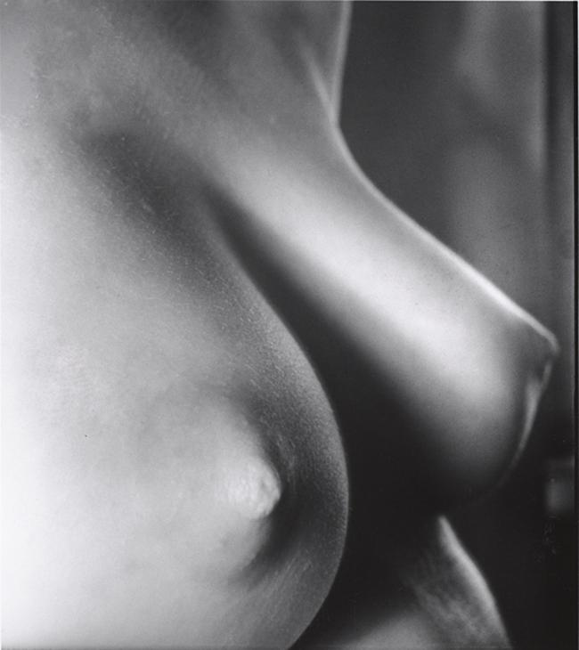 John Gutmann-Close- up, 1935 1