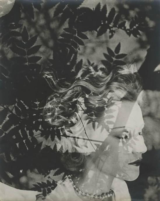 Josef Breitenbach- Annabella, 1933-39, Vintage gelatin silver print ©The Josef Breitenbach Trust.