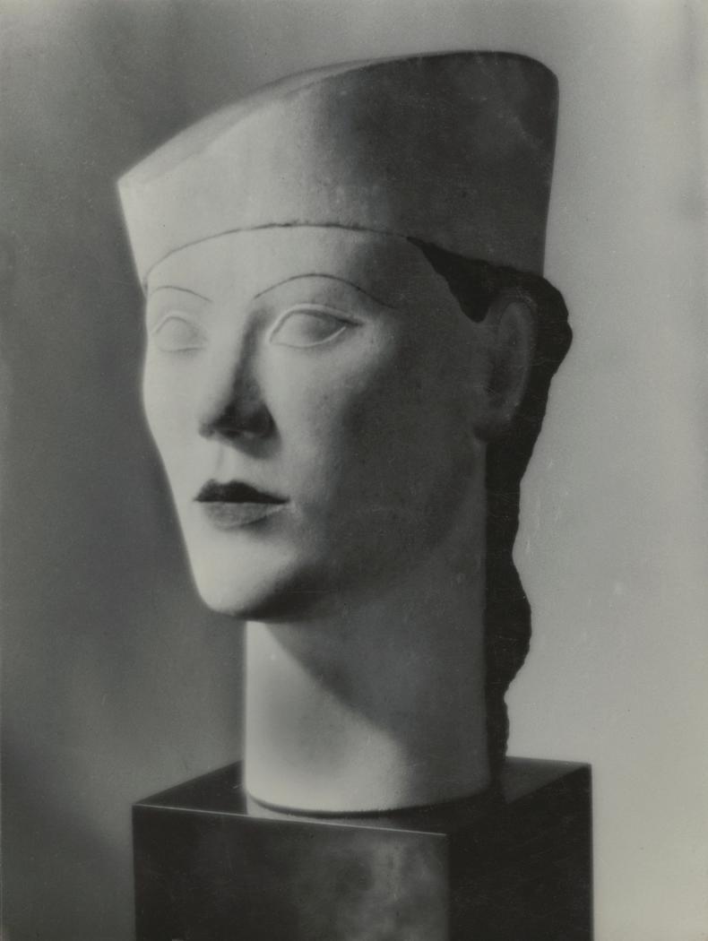 Josef Breitenbach -modern female bust with hat, Paris - facing toward left], 1935