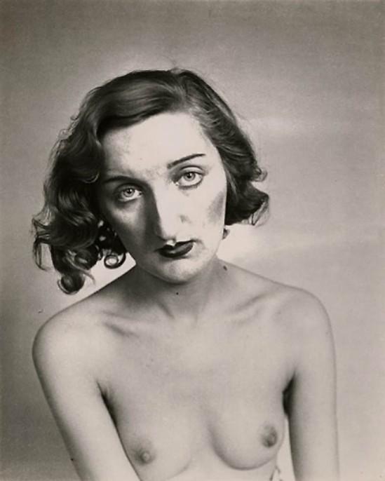 Josef Breitenbach- Portrait, Paris, 1933-39, Vintage gelatin silver print ©The Josef Breitenbach Trust.