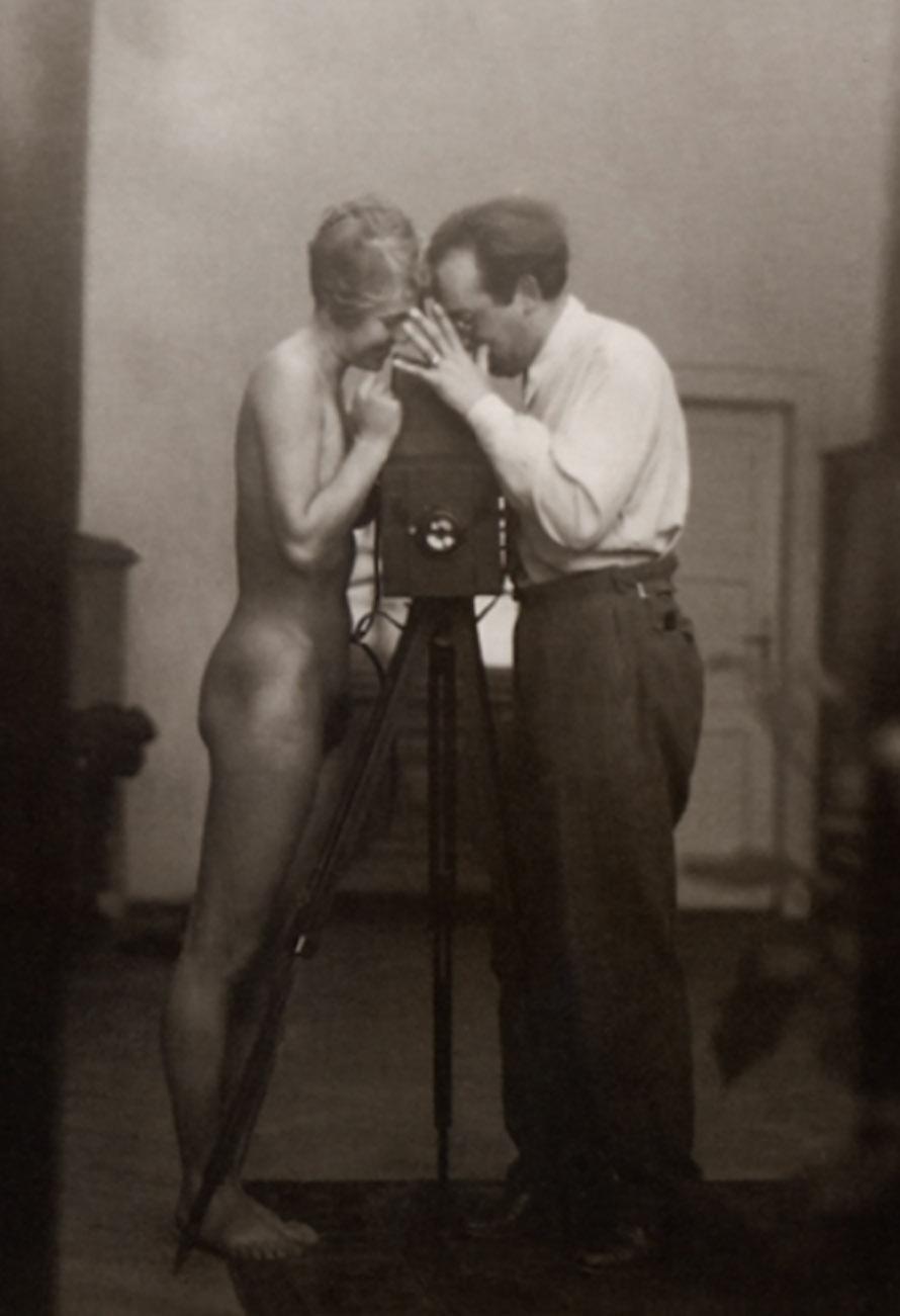 Josef Breitenbach - Self-Portrait with J. Greno ,1933 © The Josef Breitenbach Trust