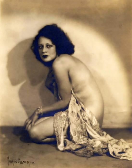 Carmen nackt Jeanne  34 Hottest