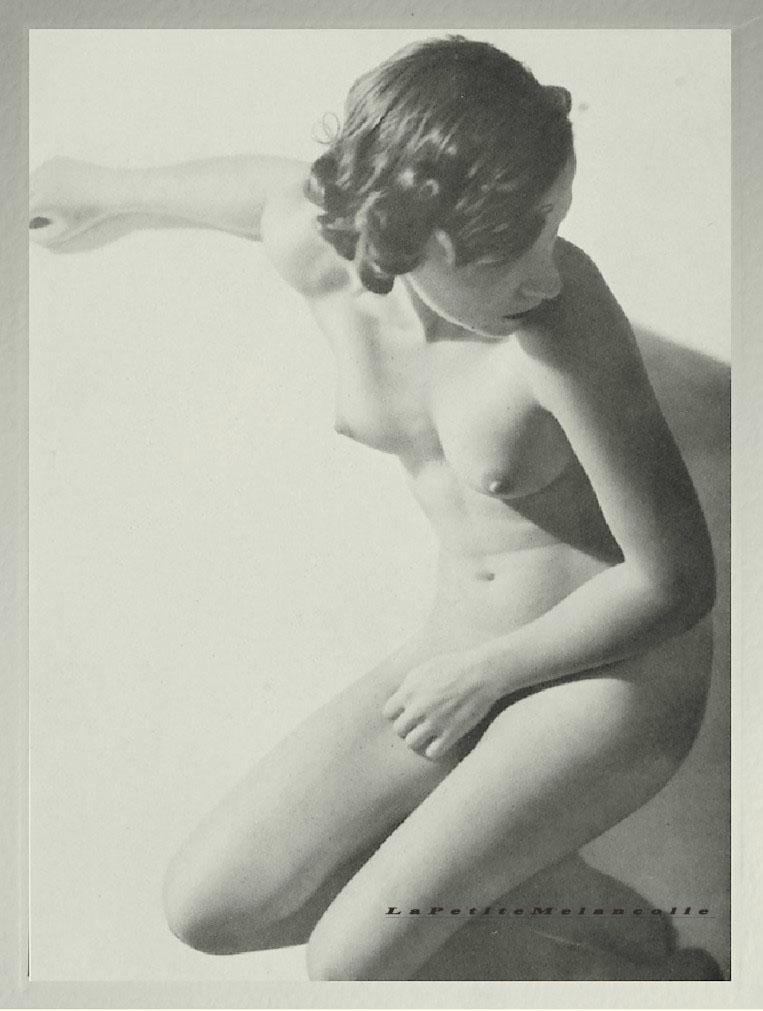 nude on the beach, Plate #12 Kurt Wendler Portfolio Das Deutsche Aktwerk edited Bruno Schultz ,ed° #2, 1940 (first edition in 1938)