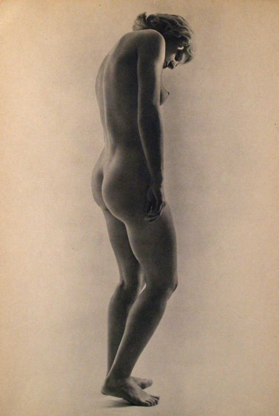 Remy Duval- Nu# 15  Vintage photogravure. c1936  ( Publié dans le portefolio Arts et métiers graphiques éponyme 1936)