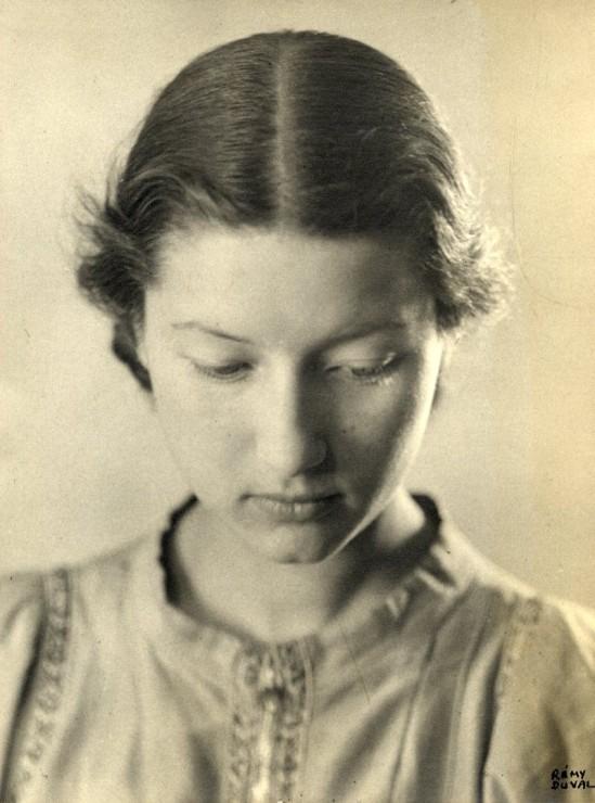 Remy Duval- Portrait de Mlle D. , 1935