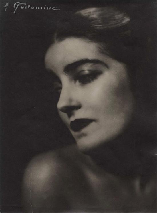 Albert Rudomine-Madame marcelle chantal vers 1930 (C) Albert Rudomine