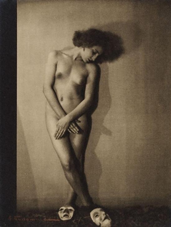 Albert Rudomine Sans titre, (nu aux masques), 1930(C) Albert Rudomine