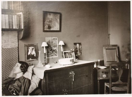 John Léo (dit Jean) Reutlinger (1891-22 août 1914)- Portrait de la poètesse Germaine Schroeder  vers 1913 source bnf exposition