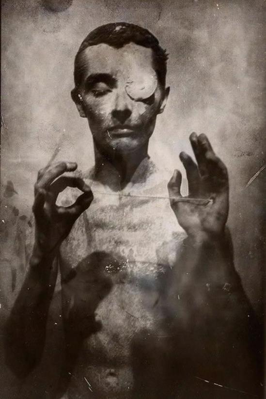 Kir Esadov- From série Nocturne, 2010