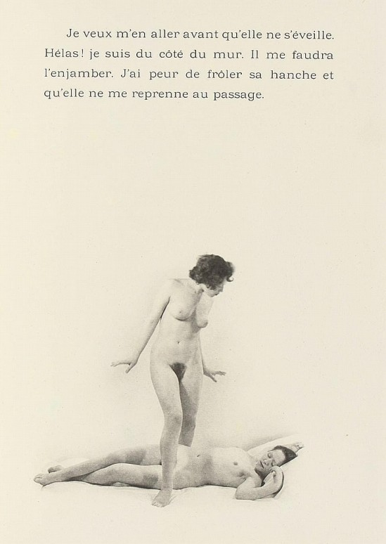 Laure Albin Guillot - Douze Chansons de Bilitis.Pierre Louÿs's erotic classic, illustrated by Albin-Guillot's delicate nudes Paris, J. Dumoulin, 1937.