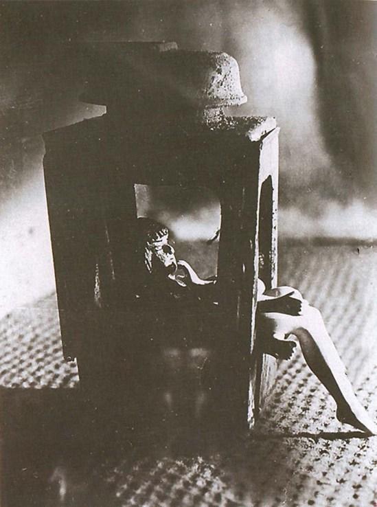 Libor Fára  Sasaek a lampar foto objecktu 1947