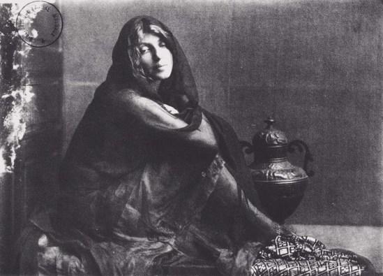 Robert Demachy-Femme voilée , vers 1910