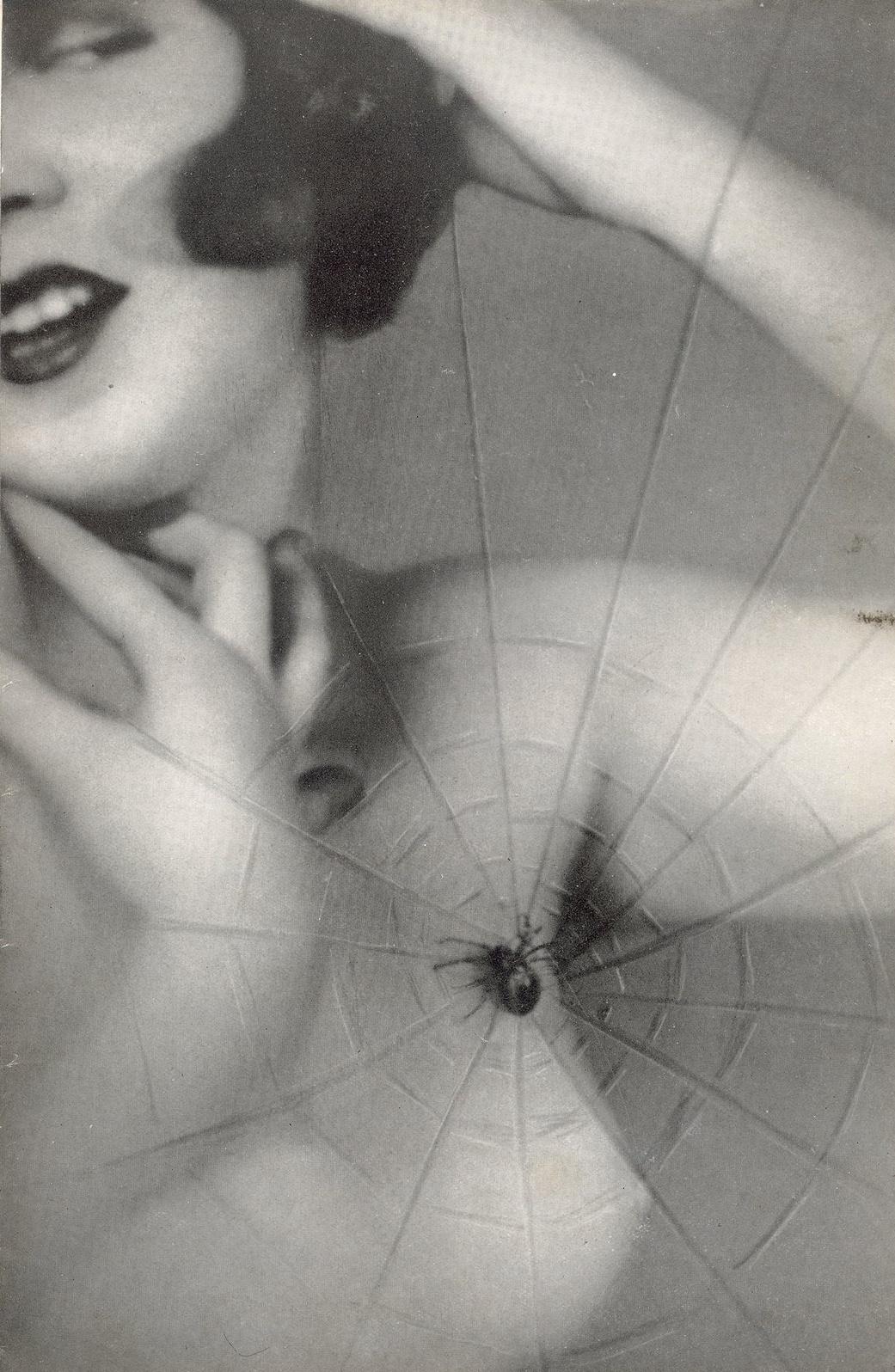 Studio Manassé - Nude with spider's web , 1930