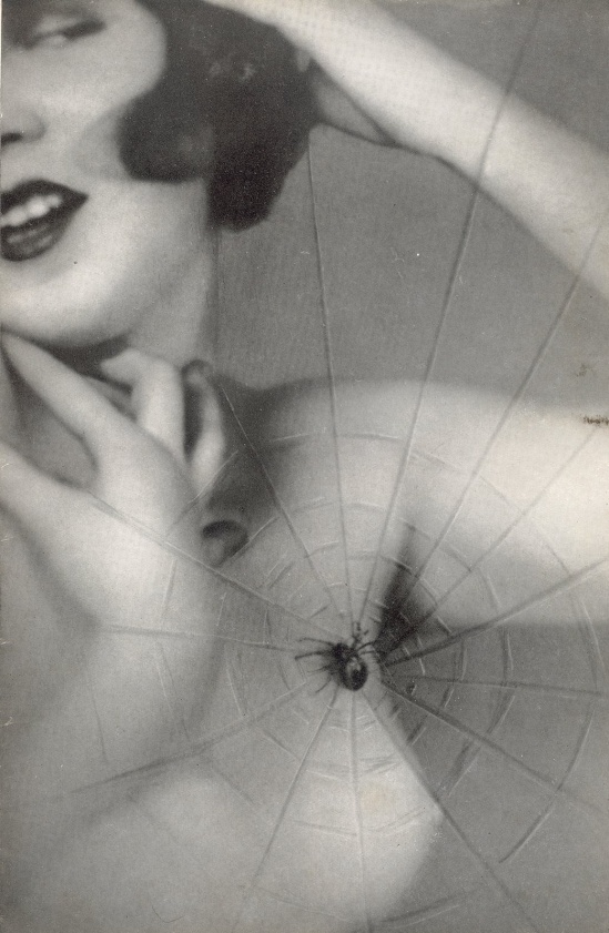 Studio Manassé - Nude with spider's web , 1930