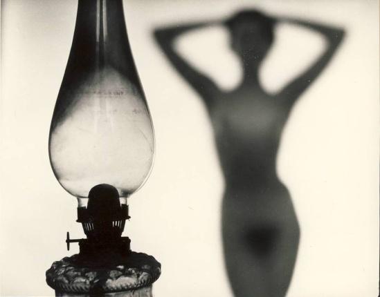 Zdeněk Virt - Akty, Prague. ( 15 tirages argentiques de nus féminins). Orbis, 1967 plate 15