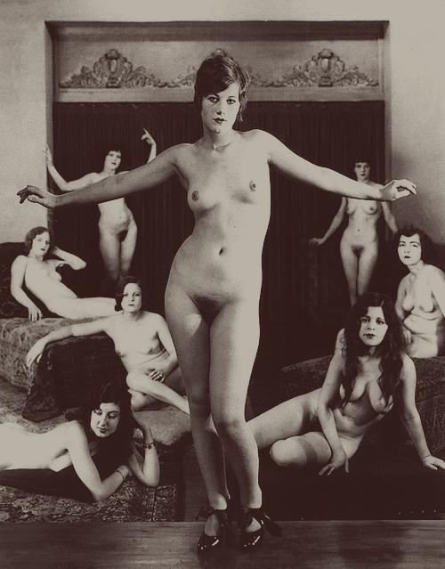 Albert Arthur Allen- from portfolio Premier nudes, 1930 Oakland, California. (Photography 1923)