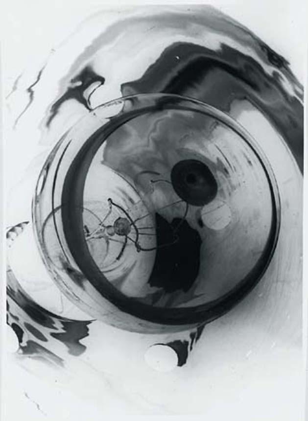 Anton Stankowski, Mirror bulb, 1930