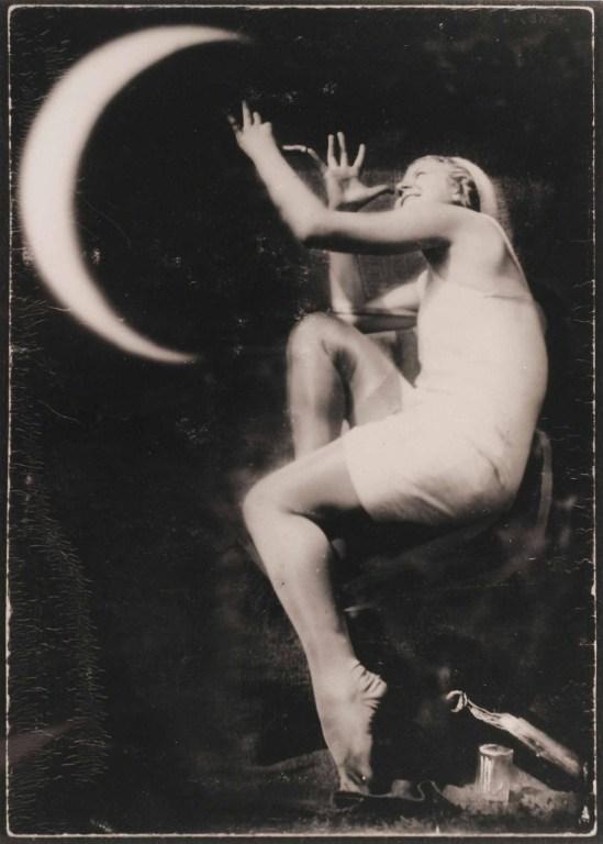 Domicelė Tarabildienė -Nosis Menuliui 1932