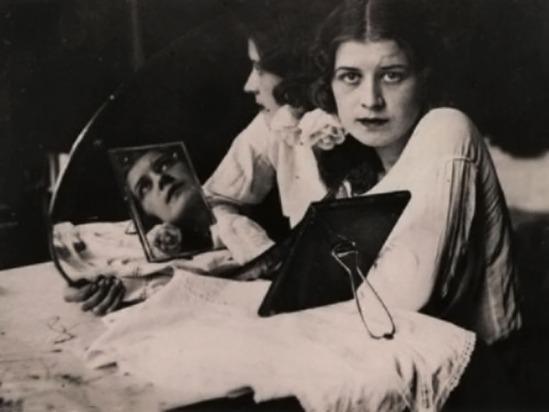Domicelė Tarabildienė- Kaunas, 1932