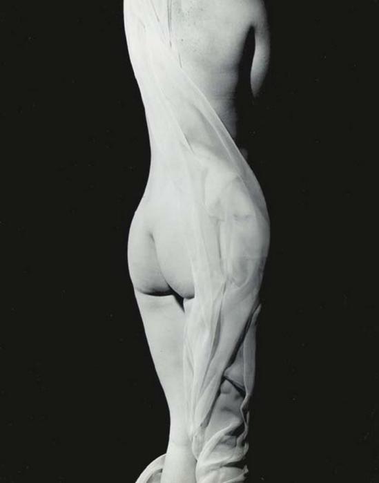 Erwin Blumenfeld - Nude, Paris, 1936