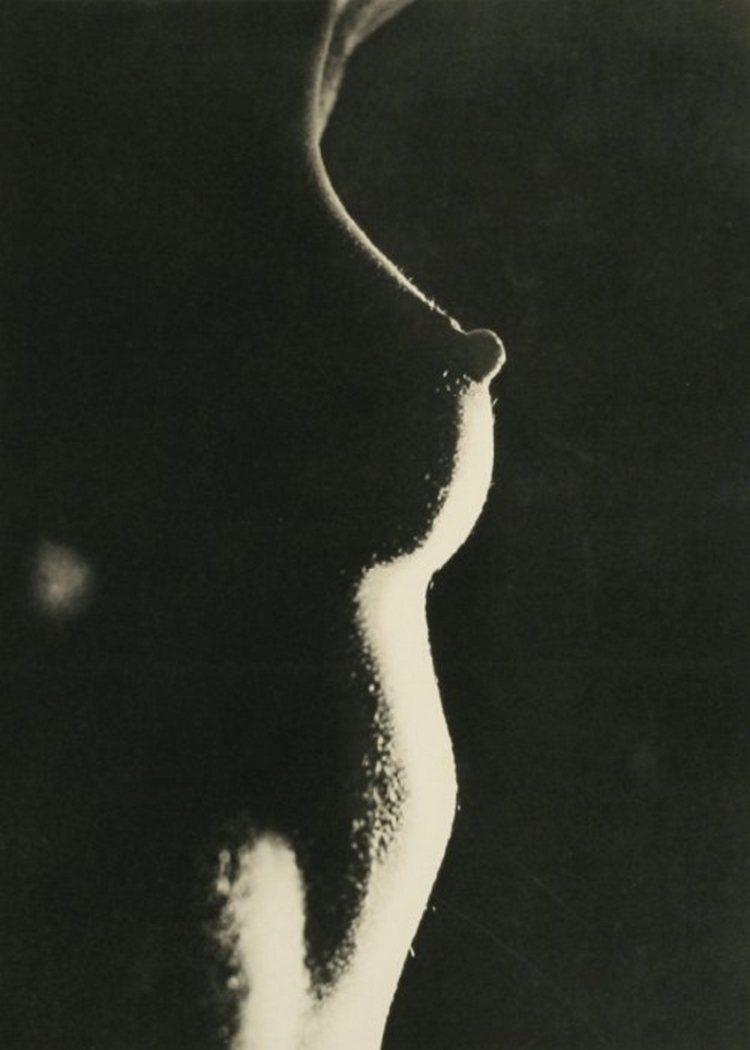 Erwin Blumenfeld -  Untitled 1937