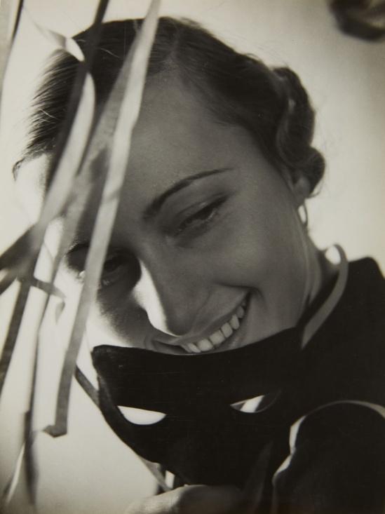 Heinz von Perckhammer, Untitled, 1930s ('Schostal' agency), vintage ferrotyped gelatin silver print.
