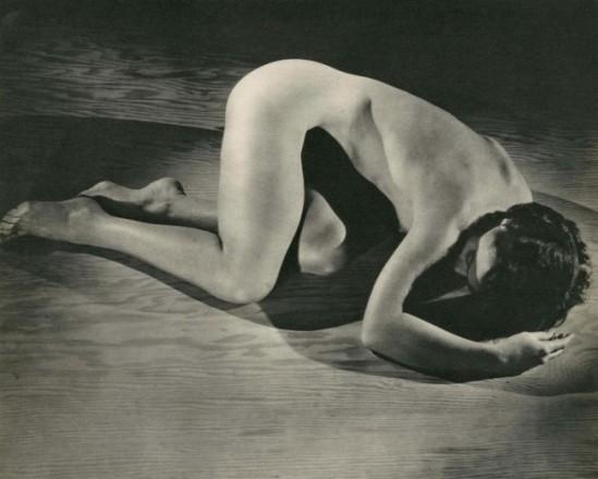 George Platt Lynes - Nude #62, 1935. (via arnet)
