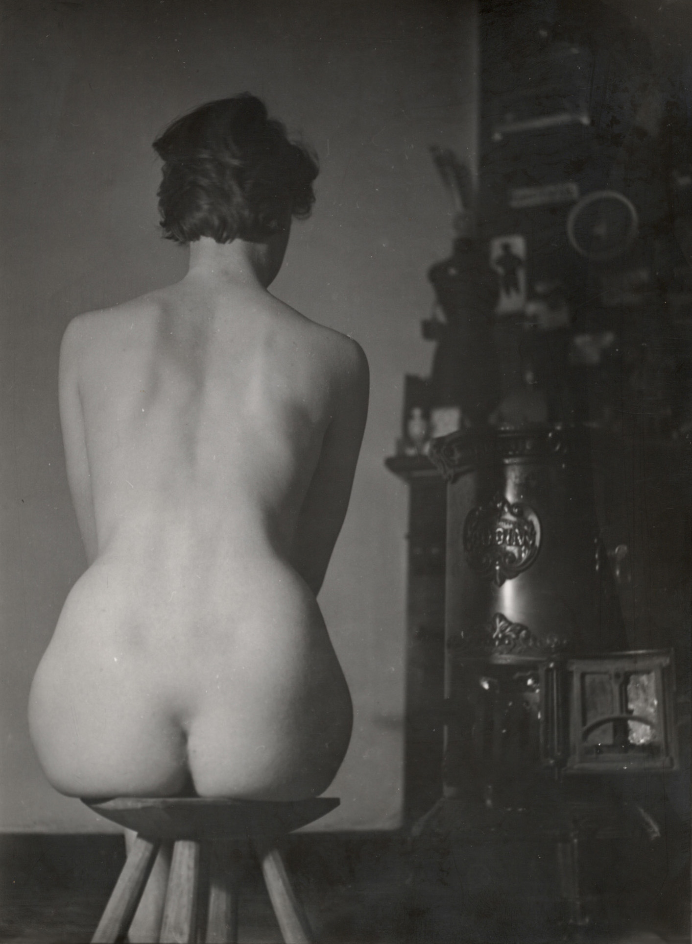 Wally Elenbaas -Zittend naakt ( nu de dos)  ,1953-55