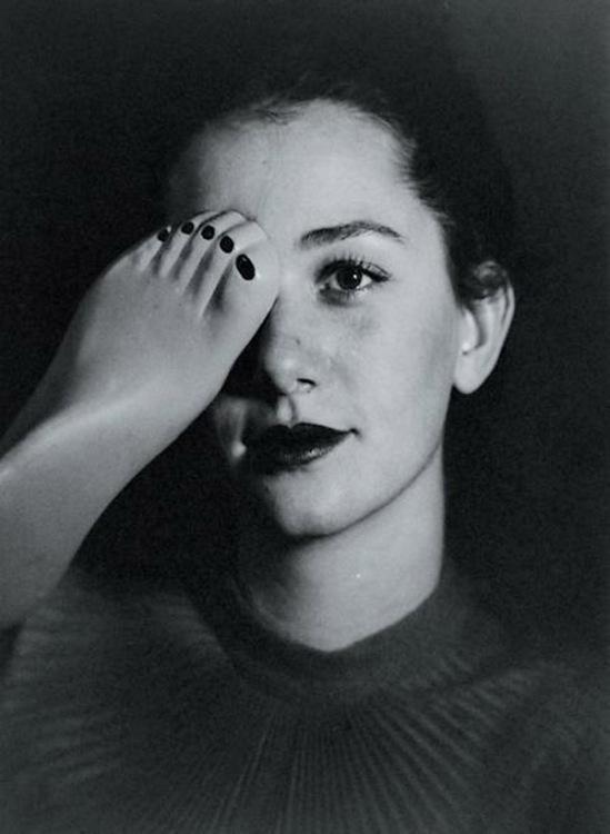 Blanc et Demilly-Femme brune (tête et pied), vers 1945-1950