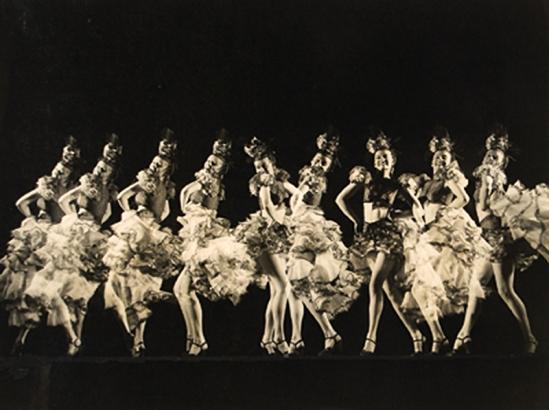 Brassaï - sans titre, Danseuses de cabaret , 1920s